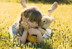Nathalie Clément, s'éveiller en famille, Chablais, parole au bébé communication connectée, ateliers bien-être, émotions, parent-enfant, kimochis, Mon moment magique, thérapeute pour enfant, eft,